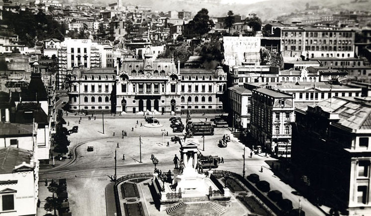 Valparaiso Main Square, late 19th Century